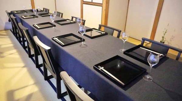 個室 2~12名様部屋