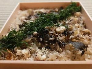 土鍋で炊く炊き込みご飯